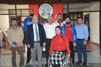 TEKERLEKLİ SANDALYE BASKETBOL - Potanın Efeleri Başkan Özakcan'ı Ziyaret Etti