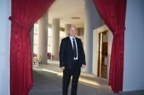 SİNEMA SALONU - Torbalı'da Açılan Sinemaya Yoğun İlgi