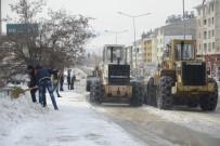 HAVA DURUMU - Tunceli Belediyesi Karla Mücadele Çalışmalarını Sürdürüyor