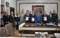 RUHSATSIZ SİLAH - Antalya'da 3 Polis Memuru 'Ayın Polisi' Seçildi