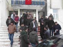 MEHMET NURİ ÇETİN - Başkan Vekili Çetin, Vatandaşların Sorunlarını Dinledi