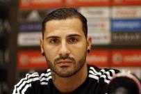 RİCARDO QUARESMA - Beşiktaş Quaresma'ya resmi imzayı attırdı!