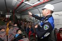 ZABITA MEMURU - Bolu Zabıtası'ndan Miniklere Trafik Dersi