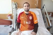 Çok İstediği İmzalı Galatasaray Formasına Kavuştu