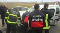 İŞÇİ SERVİSİ - Lüleburgaz'da Zincirleme Kaza Açıklaması 23 Yaralı