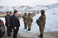 Vali Arslantaş, Jandarma Kontrol Noktasını Denetledi