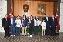 SATRANÇ FEDERASYONU - Vali Güvençer Satranç Şampiyonlarını Ağırladı