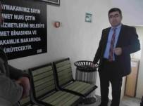 MEHMET NURİ ÇETİN - Varto Belediyesinden Bank Ve Çöp Kutusu Dağıtımı