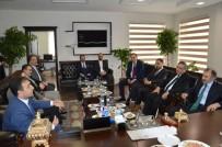 CENGİZ YAVİLİOĞLU - Yavilioğlu, Başkan Göğebakan İle Referandumu Konuştu