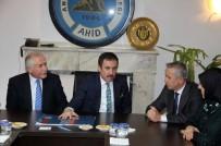 MUZAFFER YALÇIN - Ankara Milletvekili Aydın Ünal, AHİD'i Ziyaret Etti