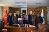 BİSİKLET TURU - Başkan Üzülmez, KOBİDOS Yönetimini Makamında Ağırladı