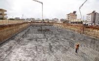 YENIKÖY - Döşemealtı Hastanesi İnşaatı Yükseliyor