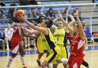 POLONYA - Fenerbahçe, Polonya Ekibini Devirdi
