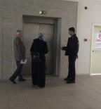 KADIN POLİS - İntihar Etmek İsteyen Kadın Son Anda İkna Edildi