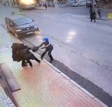 KAPKAÇ - İstanbul'da Kapkaç Girişimi Kamerada