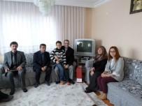 ŞEHİT BABASI - Kaymakam Eskin Şehit Ailelerini Ziyaret Etti