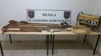 KAÇAK KAZI - Seydikemer'de Kaçak Kazı Yapan 4 Kişi Yakalandı