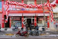 HAŞIM KıLıÇ - Viranşehir De Kaymakam Cimşit Mobilya Mağazanın Açılışını Yaptı