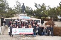 Yozgat Şivesi İle Hazırlanan 'Sağlığını Masiyosan Mahana Bulma Yürü' Pankartı Dikkat Çekti