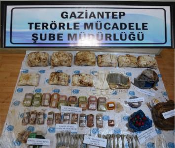 4 DEAŞ'lı 150 kilo patlayıcıyla yakalandı