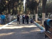 ONARIM ÇALIŞMASI - Alaşehir Mezarlıklarında Çalışma Başladı
