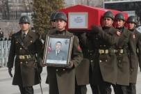 ŞEHİT UZMAN ÇAVUŞ - Başbakan Yıldırım, Birlikte Yemek Yediği El Bab Şehidinin Cenazesine Katıldı