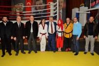 METİN ÖZKAN - Başkan Baran, Başarılı Sporculara Diplomalarını Verdi