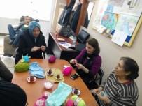 Bozüyük'te Engelliler Derneğinde Örgü Oyuncak Bebek Kursu Açıldı