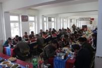 MURAT DURU - Develili Kadınlar Askerlere Ev Yemeği Yaptı