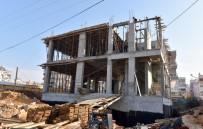 HAKAN TÜTÜNCÜ - Kepez'in Sosyal Yardım Merkezi Yükseliyor