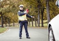 ALMANLAR - Almanlar En Çok Polise Güveniyor