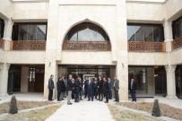 MEHMET FATİH ÇITLAK - Başkan Akyürek, İslam Kültür Merkezinde İncelemelerde Bulundu