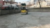 SÜLEYMAN ELBAN - Bilecik Malhun Hatun İlkokulu Bahçesine Sıcak Asfalt