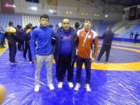 Çankırı'lı Güreşçileri Türkiye Şampiyonasında Mücadele Edecek