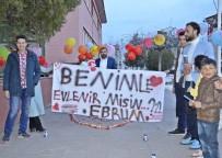 Çorum'da Pankartlı Evlilik Teklifi