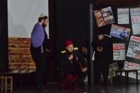 MEHMED ALI SARAOĞLU - Gediz'de 'Matruşka Oyun İçinde Oyun Tiyatrosu' Sahnelendi