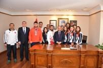BADMINTON - Şampiyon Sporculardan Vali Aktaş'a Ziyaret
