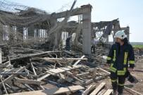 AHMET KAYA - Beton Dökülürken Kalıplar Çöktü Açıklaması 3 İşçi Yaralı