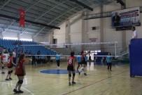 Erzincan'da Okul Sporları Voleybol Heyecanı