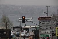 KIYI EMNİYETİ - İstanbul Boğazı'nda Gemi Trafiğine Sis Engeli