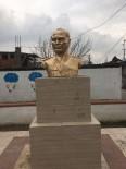 MESUT ÖZAKCAN - Kocagür Mahallesi'ndeki Atatürk Büstü Onarıldı