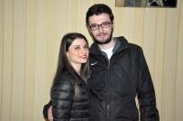 OSMAN HAMDİ BEY - Halil Sezai Konserinde Sürpriz Evlenme Teklifi