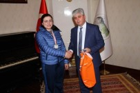 BELARUS - Vali Rahmi Doğan, Başarılı Sporcuları Ödüllendirdi
