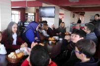 MEHMET NURİ ÇETİN - AK Parti Kadın Kolları Genel Başkan Yardımcısı Polat'tan Kaymakam Çetin'e Ziyaret