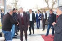 MHP - AK Partililer bozkurt işareti ile karşılandı!