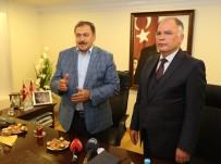 ADLIYE SARAYı - Bakan Eroğlu, Selçuk Belediyesini Ziyaret Etti
