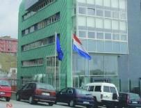 Hollanda'nın temsilcilikleri kapatıldı
