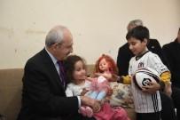 MURAT HAZINEDAR - Kılıçdaroğlu, Kendisine Mektup Yazan Çocuğu Ziyaret Etti
