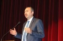 Kilis'te '15 Temmuz'dan Referandum'a Yeni Türkiye' Konferansı