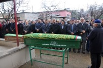 KARBONMONOKSİT - Sobadan Sızan Gazdan Zehirlenen Baba Oğul Yan Yana Defnedildi